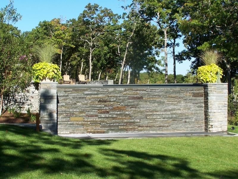 Landscope Pool Wall