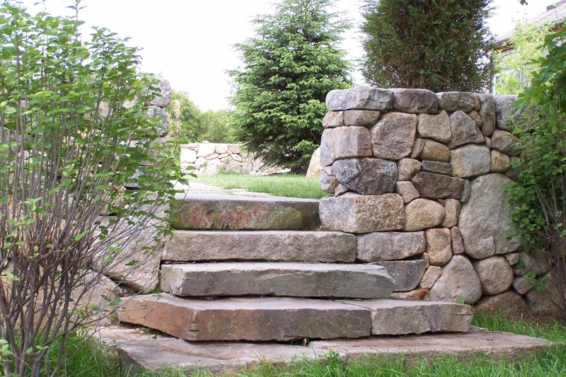Fieldstone-Steps